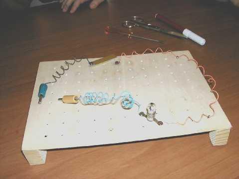 Schema Elettrico Per Lampadina : Il circuito elettrico